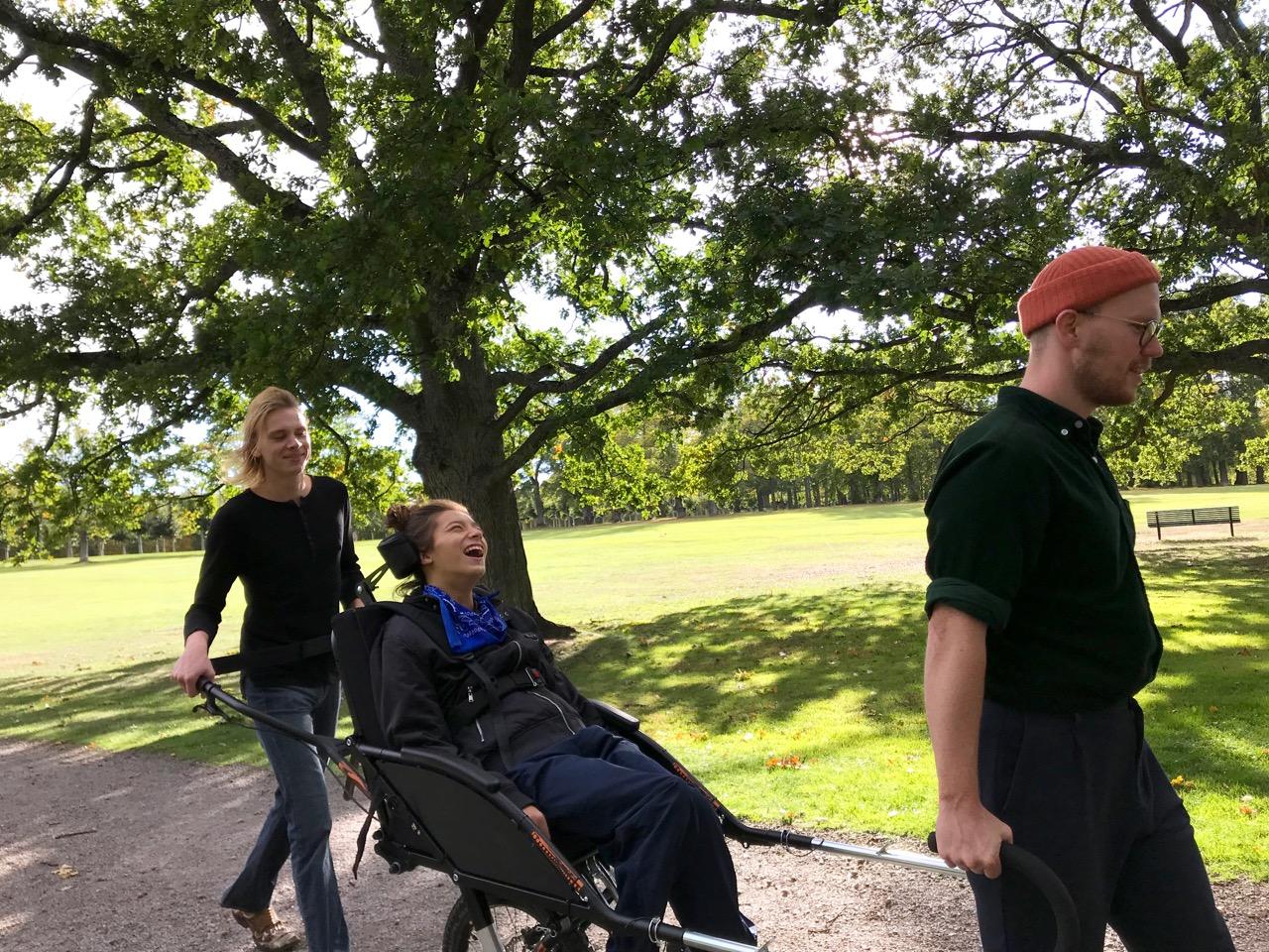 Drottningholms slottspark med Tim och Teo